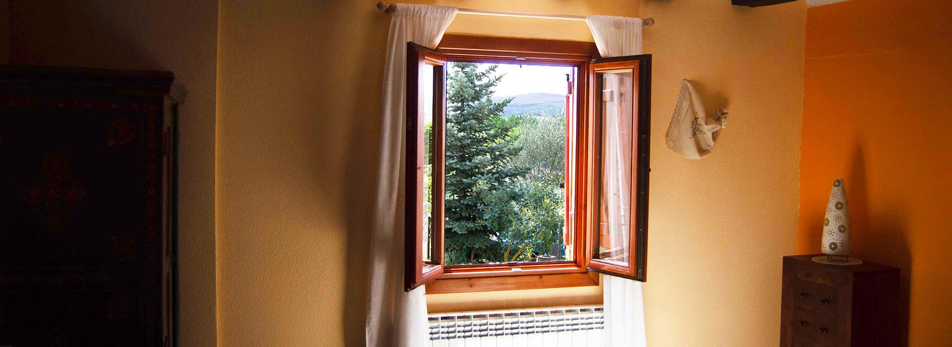 Habitación Romero con vistas a la naturaleza entre Burgos y La Rioja en casa rural