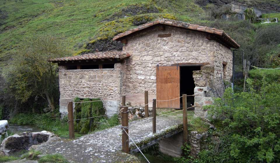 Old stone building in the tourist area of the Puras de Villafranca mines in Burgos